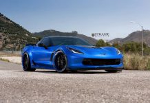 Laguna Blue Corvette C7 Z06/Z07 with Strasse Wheels