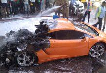 Lamborghini Gallardo fire in India!
