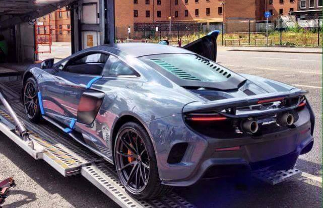 First McLaren 675LT Chassis #001 Delivered in Glasgow