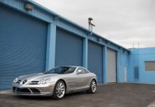 Mercedes-Benz SLR McLaren auction front