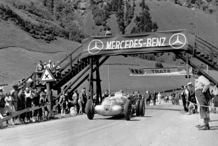 Manfred von Brauchitsch in the six-wheeled Mercedes-Benz W125 at the 1939 Grossglockner Grand Prix.