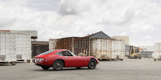 Toyota 2000GT auction rear