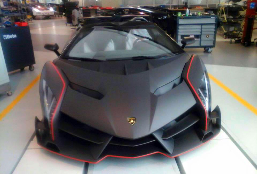 Matte Carbon Lamborghini Veneno Roadster Snapped Gtspirit