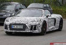 2016 Audi R8 Spyder spy shots front