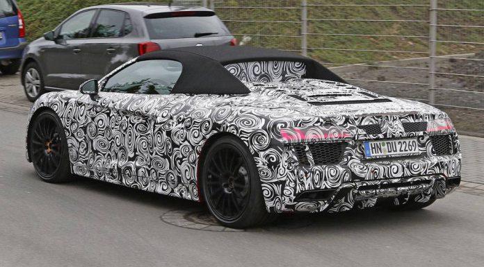 2016 Audi R8 Spyder spy shots rear