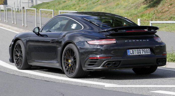 2016 Porsche 911 Turbo spy shot rear