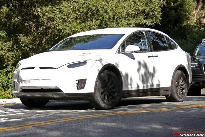 Tesla Model X Deliveries to Start in September