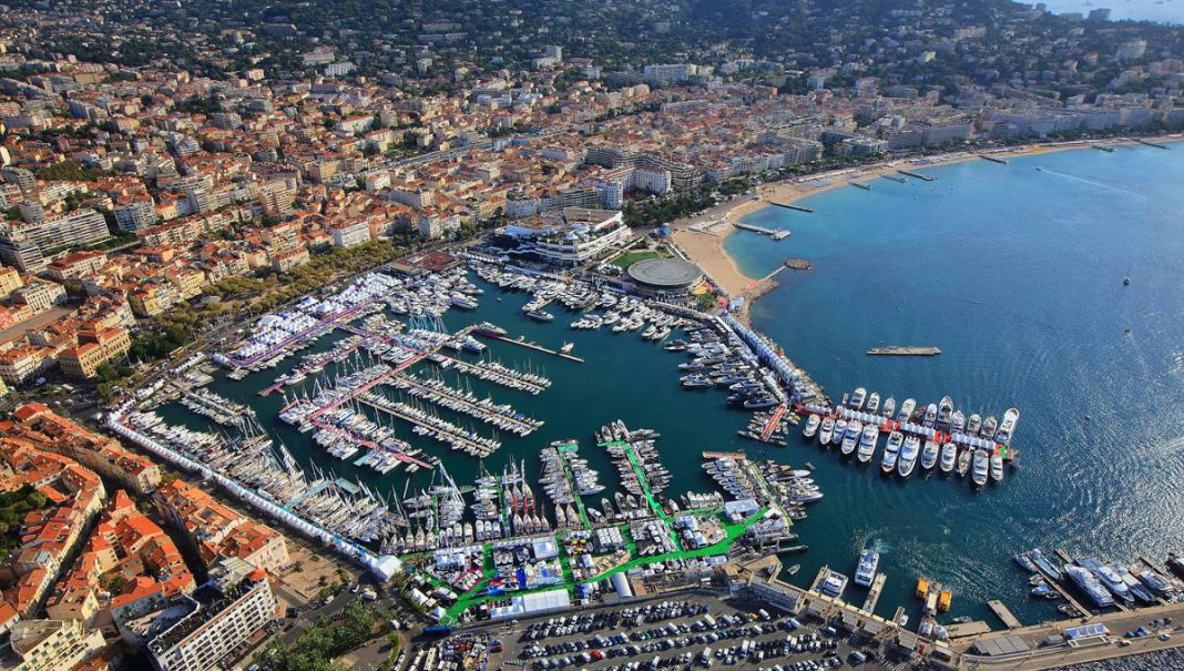 2015 Cannes Yachting Festival aerial view