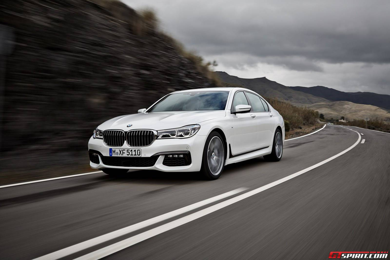 6 110 Bmw 7 Series Recalled In The Us Due To Faulty Airbag