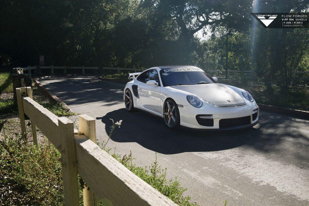 Porsche 911 GT2 Vorsteiner