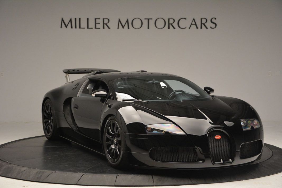 black on black bugatti veyron for sale in the u s gtspirit. Black Bedroom Furniture Sets. Home Design Ideas
