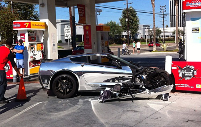 C7 Corvette crash1