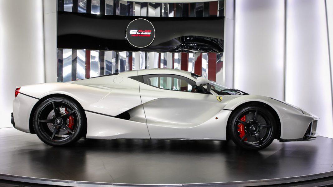 Ferrari LaFerrari for sale side
