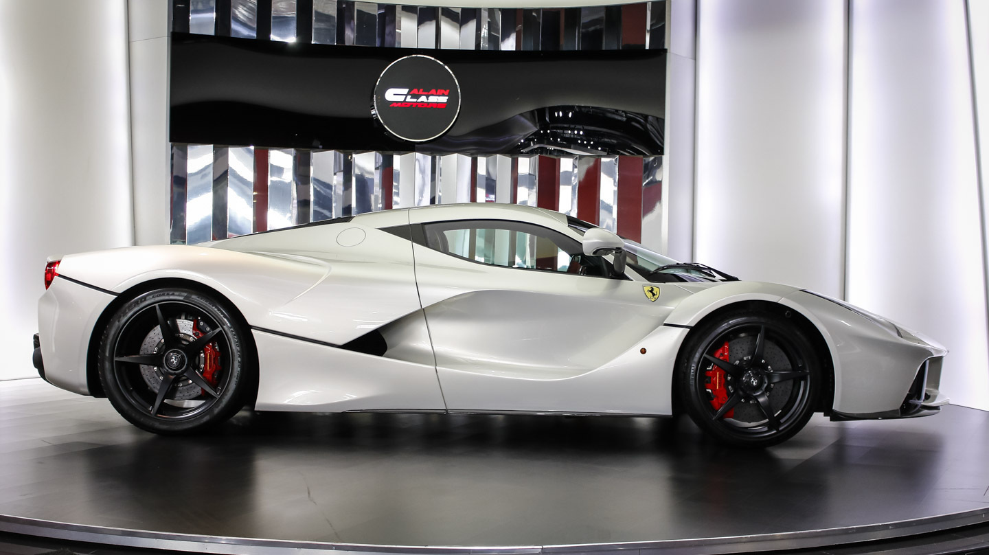 Ferrari Laferrari For Sale >> Stunning White Ferrari Laferrari For Sale Gtspirit