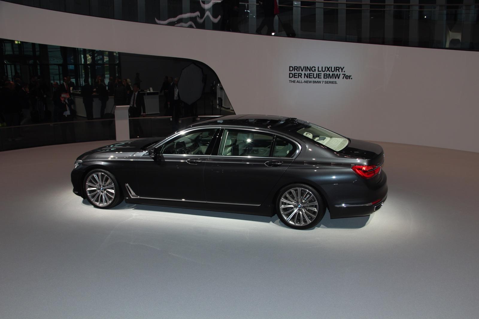 Frankfurt BMW 7-Series rear