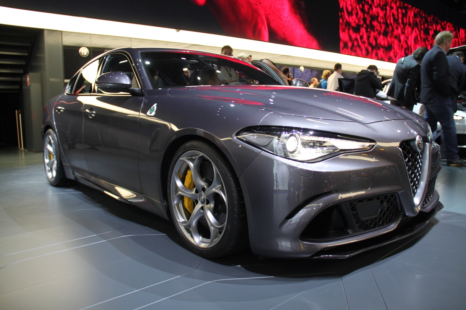frankfurt 2015 alfa romeo giulia qv gtspirit. Black Bedroom Furniture Sets. Home Design Ideas