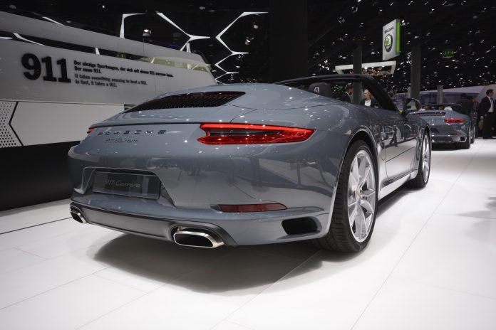 Porsche 911 facelift Frankfurt rear