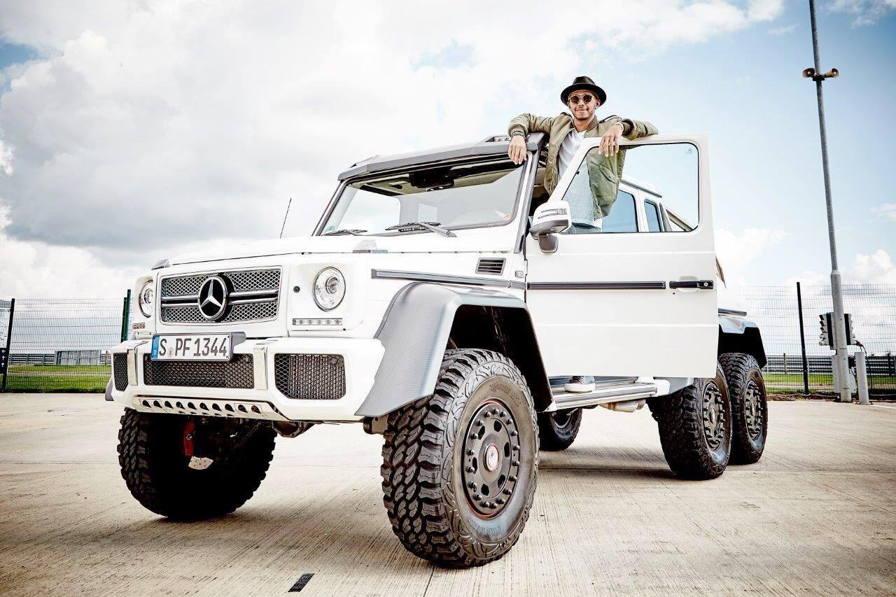 lewis hamilton considering mercedes benz g63 amg 6x6 gtspirit. Black Bedroom Furniture Sets. Home Design Ideas