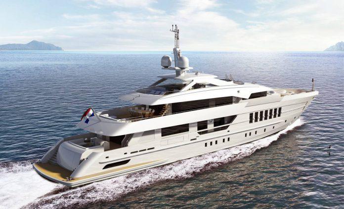 Heesen Yacht Superyacht Alida rear view