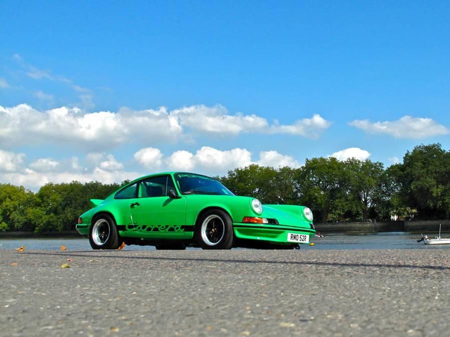 Viper Green Porsche 911 930