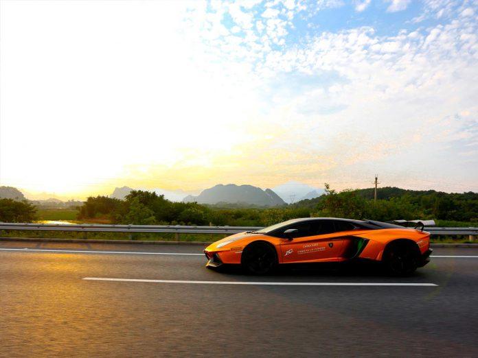 Lamborghini Aventador sunset