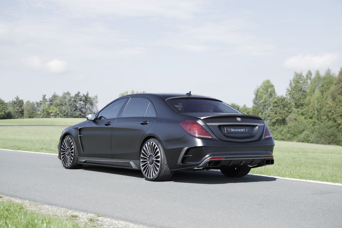 official mansory mercedes benz s63 amg black edition gtspirit. Black Bedroom Furniture Sets. Home Design Ideas