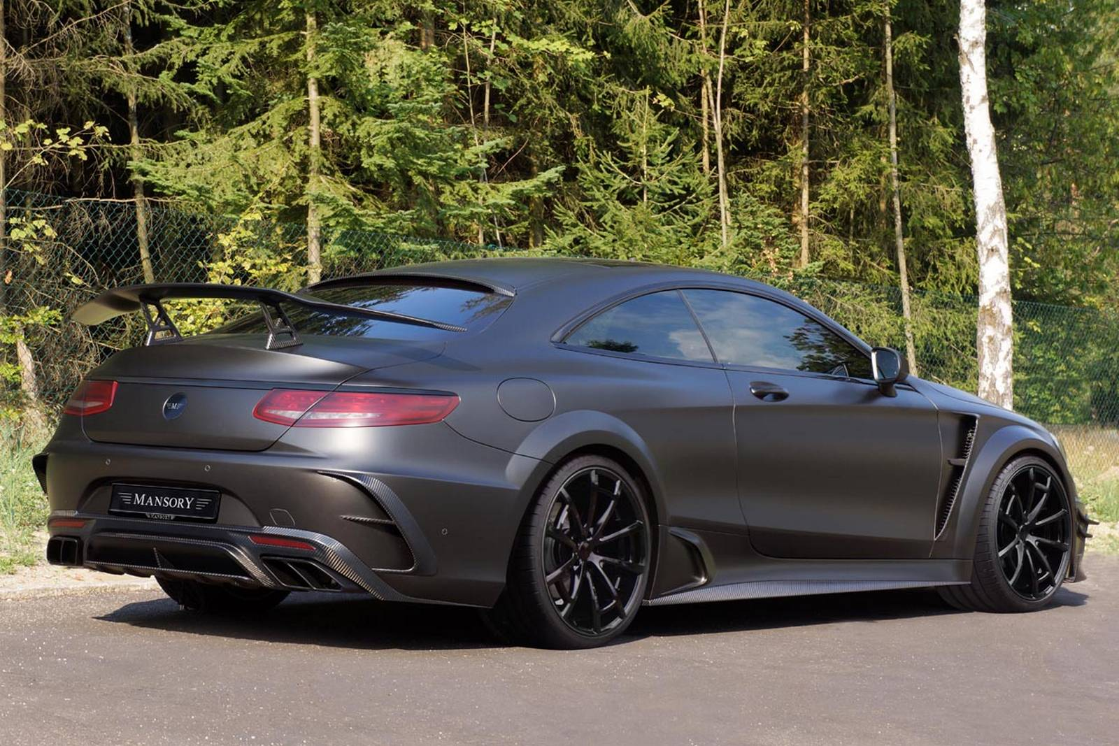 official 1000hp mansory mercedes benz s63 amg coupe black. Black Bedroom Furniture Sets. Home Design Ideas