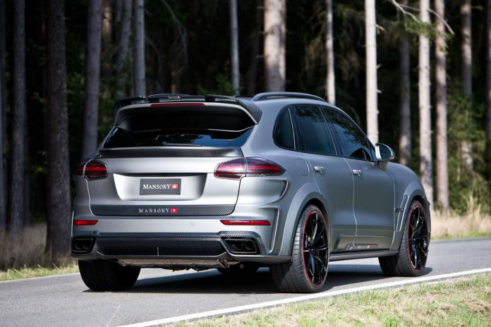 Mansory Porsche Cayenne Turbo rear