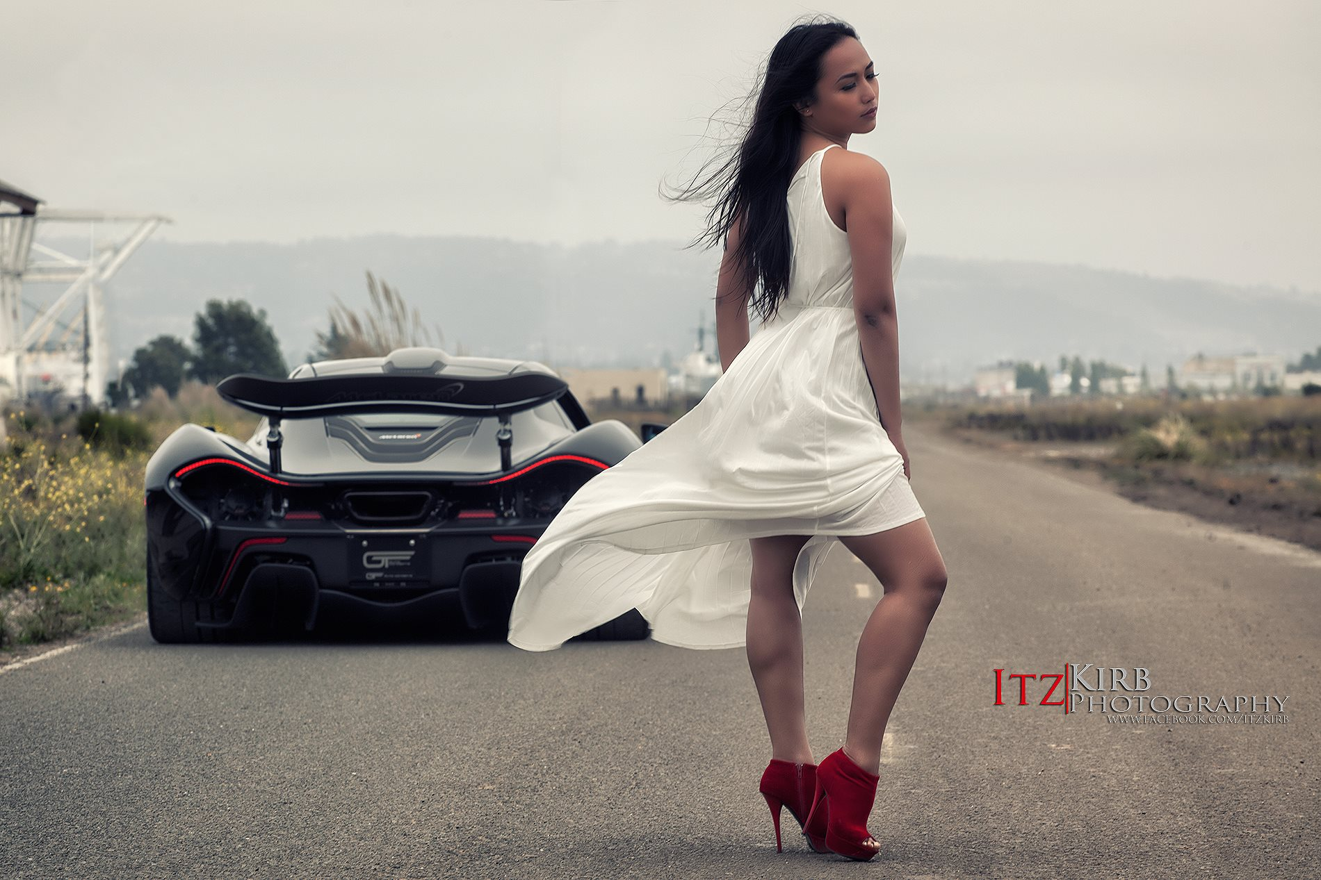 Cars And Girls Hottest Mclaren P1 Vs Girl Photoshoot Yet Gtspirit
