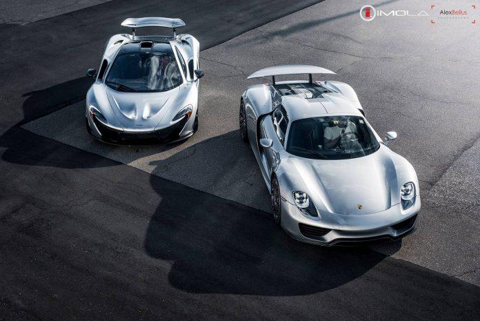 McLaren P1 vs Porsche 918 Spyder
