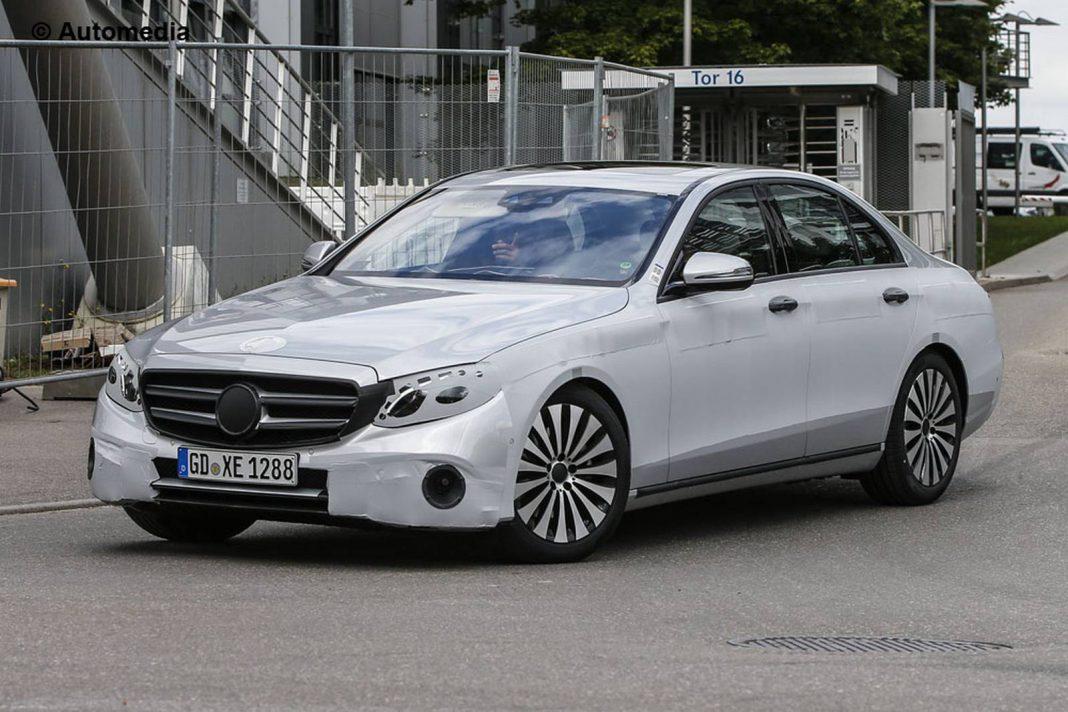 2017 Mercedes-Benz E Class front view