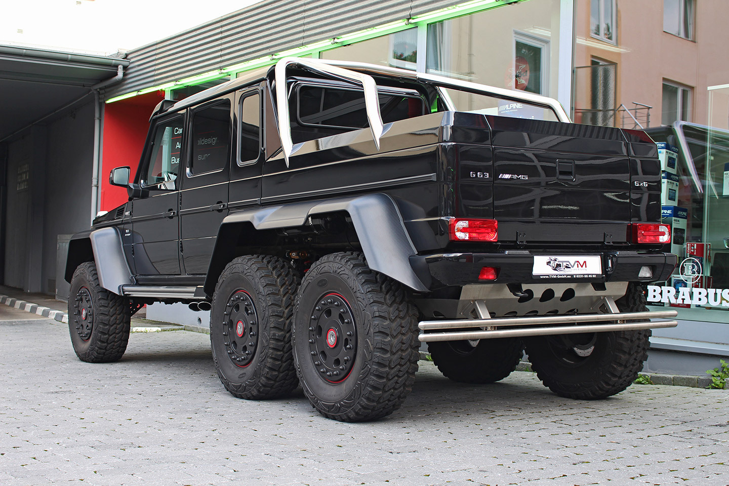 black mercedes benz g63 amg 6x6 for sale gtspirit. Black Bedroom Furniture Sets. Home Design Ideas