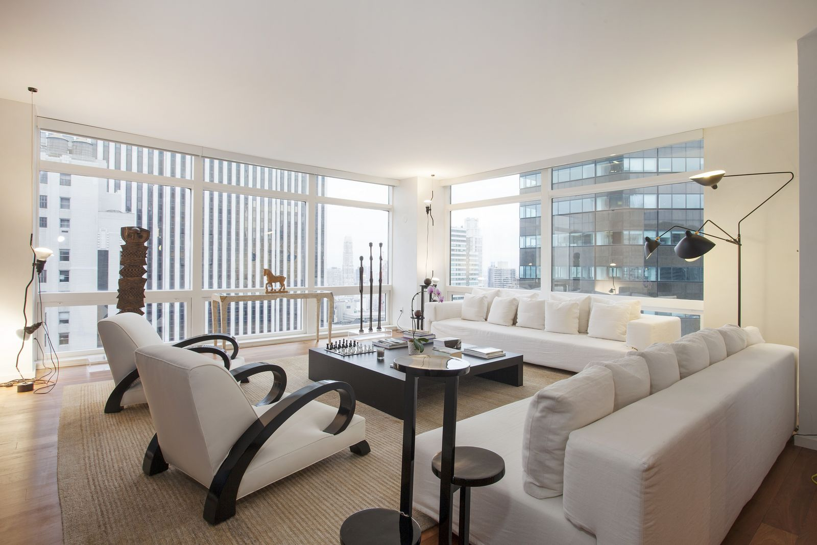 Stunning 10 million new york city apartment for sale for Apartment new york for sale
