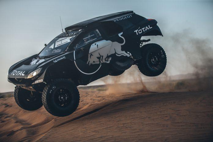 2016 Peugeot 2008 DKR side