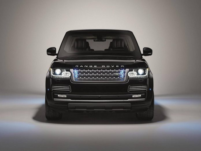 Range Rover Sentinel front