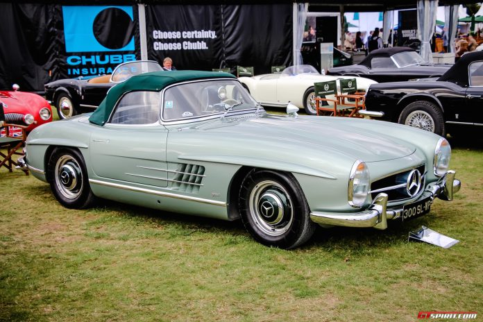 Salon Prive 2015 Mercedes 300 SL Roadster