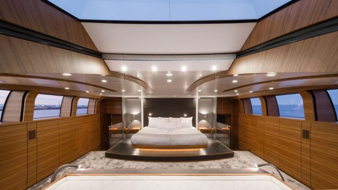 Silver Fast yacht for sale bedroom