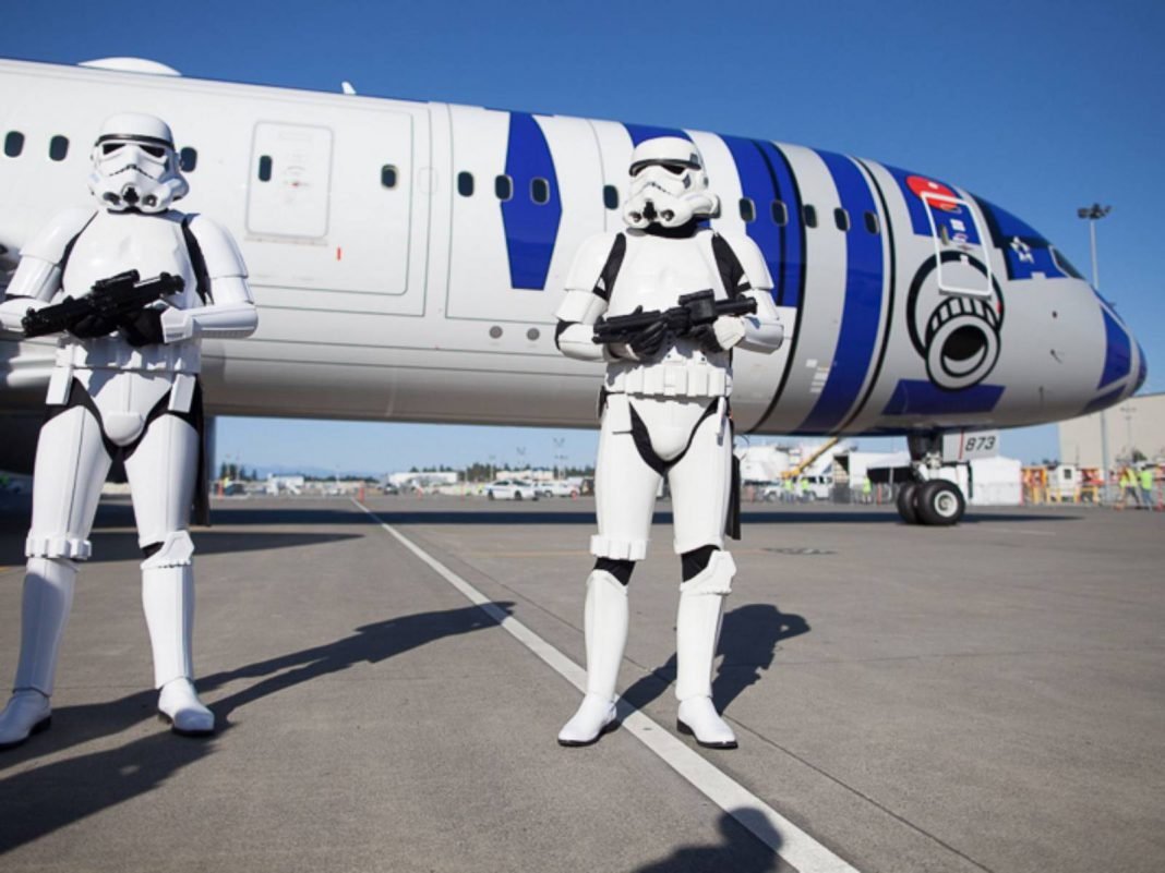 Star Wars Dreamliner Jet