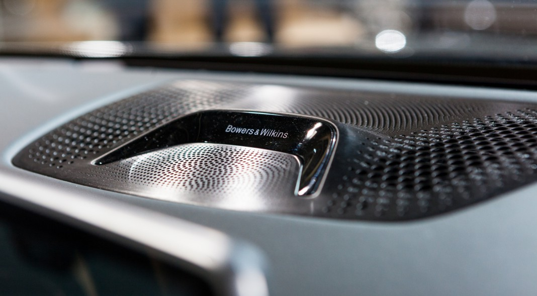 BMW 7-Series diamond tweeters