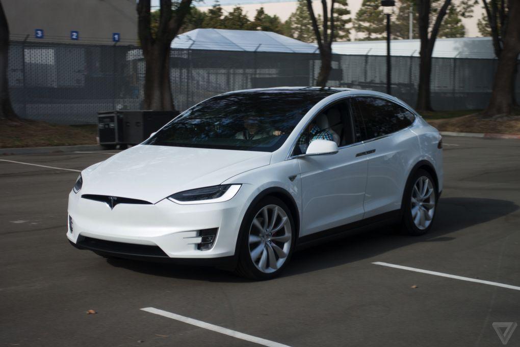 White Tesla Model X