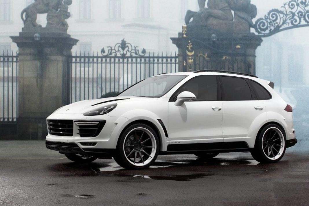 White TopCar Porsche Cayenne front