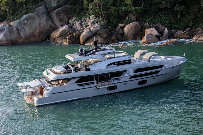 106 Limited Edition yacht