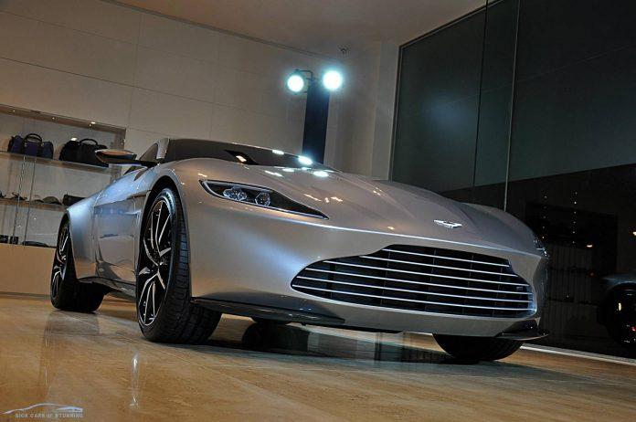 Aston Martin DB10 Spectre James Bond