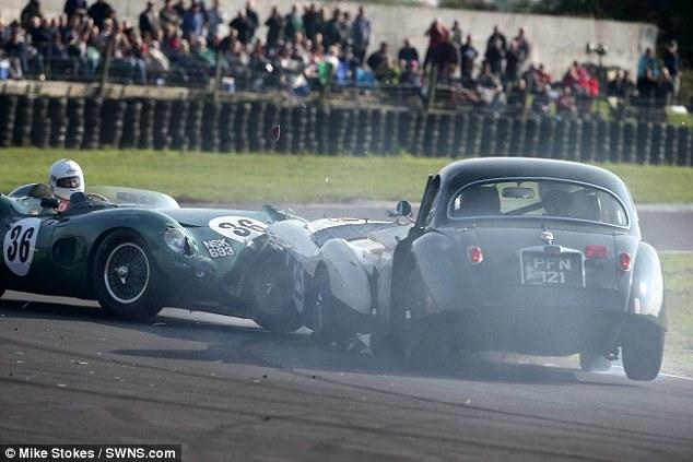 Aston Martin DBR1 crashes in the UK