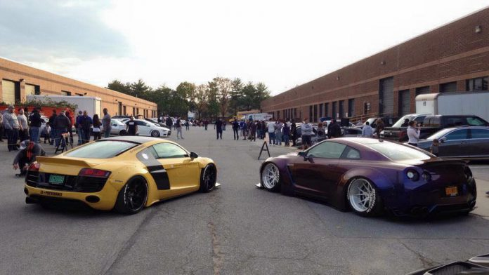 Audi R8 Liberty Walk and Nissan GT-R