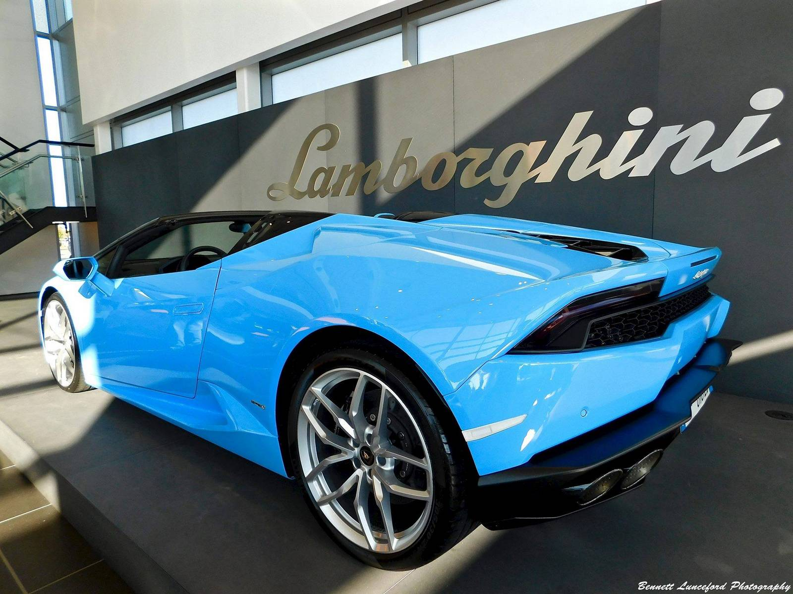 blu cepheus lamborghini huracan spyder photo bennett lunceford photography