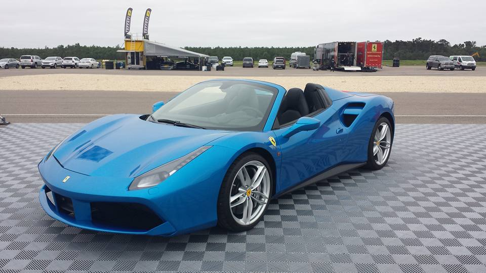 Blue Ferrari 488 Spider