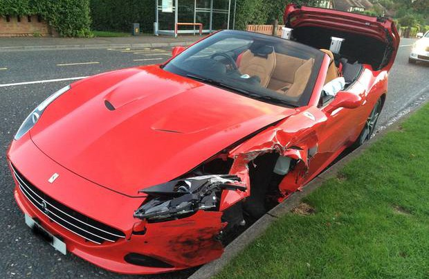 Ferrari California T crashes in Ireland