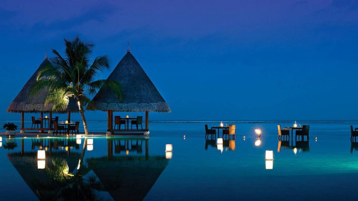 Four Seasons Resort Maldives Kuda Huraa