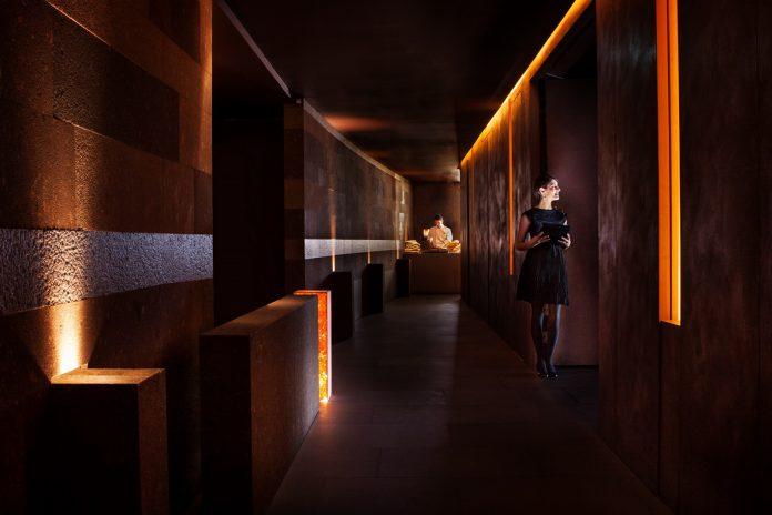 Oblix Corridor